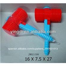 nuevo regalo juguetes 2013 martillo de plástico sonajero juguetes colgantes campana de juguete
