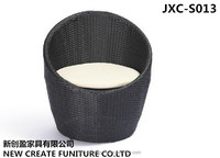 Circular outdoor rattan sofa