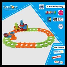 2014 caliente tema musical juguetes de dibujos animados de ferrocarril locomotora