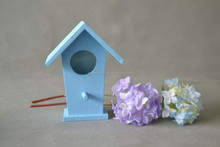 Hot-selling Wooden decorated bird house