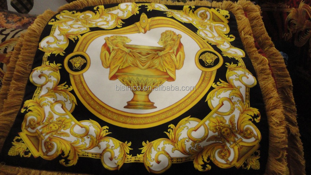 Luxury baroque home decor velvet cushion le vase baroque for Baroque home accessories