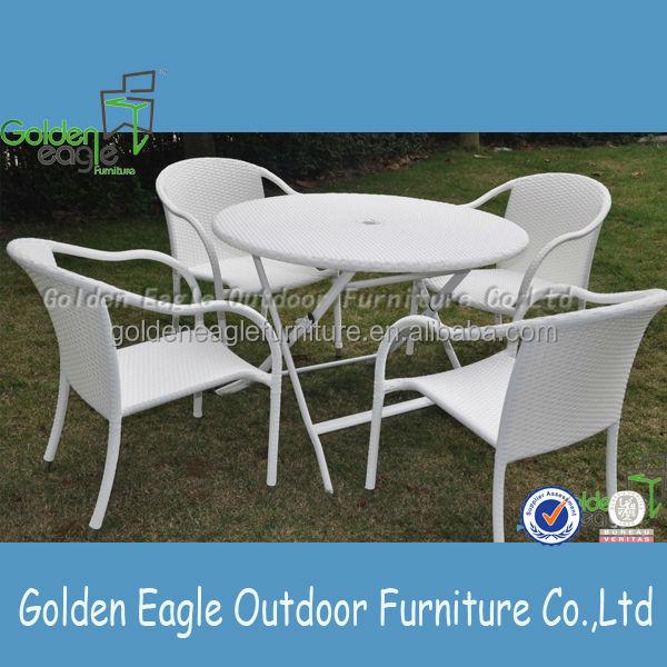 Good quality sgs pe rattan patio furniture round table for Quality patio furniture