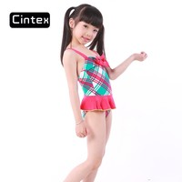 2016 Beach beauty Pop Vacation sexy red strip young girl swimwear photos