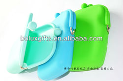 Custom silicone rubber eco-friendly non-toxic buggy sell phone bag Cosmetic bag