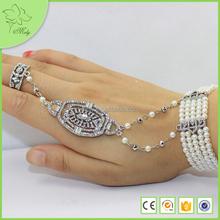 Set Diamond Pearl Shield Finger Chain Ring Bracelet Body Jewelry