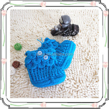 Fashionable woven baby shoes handmade in fashionable design