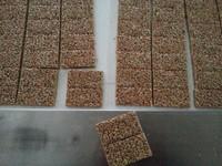 2015 latest crispy rice candy cutting machine product line, snap candy cutting machine for breakfast
