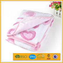 2015 elegant 3d baby velvet pink crib patchwork quilt on sale