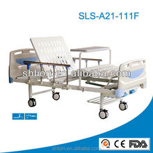 old style 2 shakes Manual medical Bed With Over Bed Table