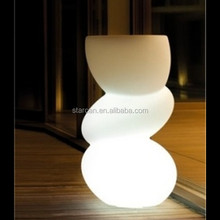 Individual plastic waterproof led planter for outdoor use