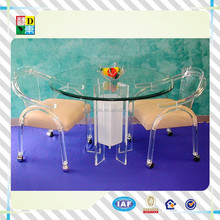 High quality customized acrylic round tray table with wheels/simple design acrylic dining wheeled chair from China manufacturer