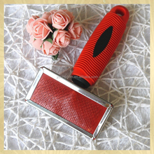 Pet slicker brush with soft handle
