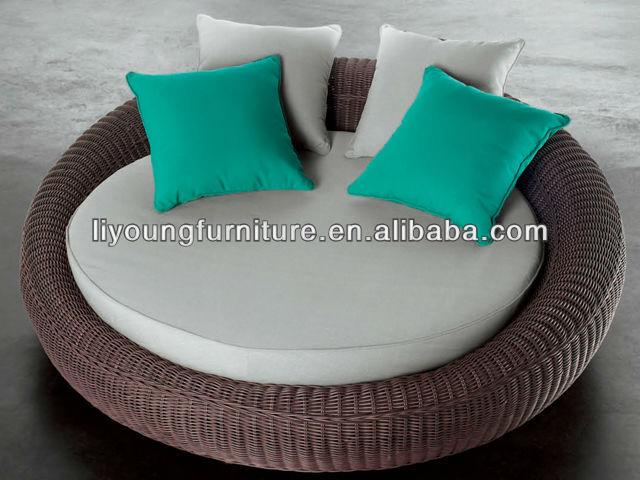 nouveau design ext rieur canap rond en rotin lit lg623991 chaises en osier rotin id du produit. Black Bedroom Furniture Sets. Home Design Ideas