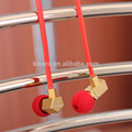 de alto grado micrófono en la oreja los auriculares con cable plano