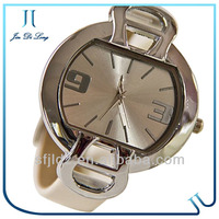 Hot sale 2013 fashion women stainless steel cheap custom watch dual sim wrist watch mobile phone