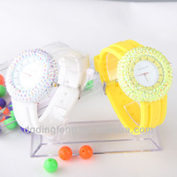 2014 lastest style fake diamond watch for small wrist new model hot in USA Europe