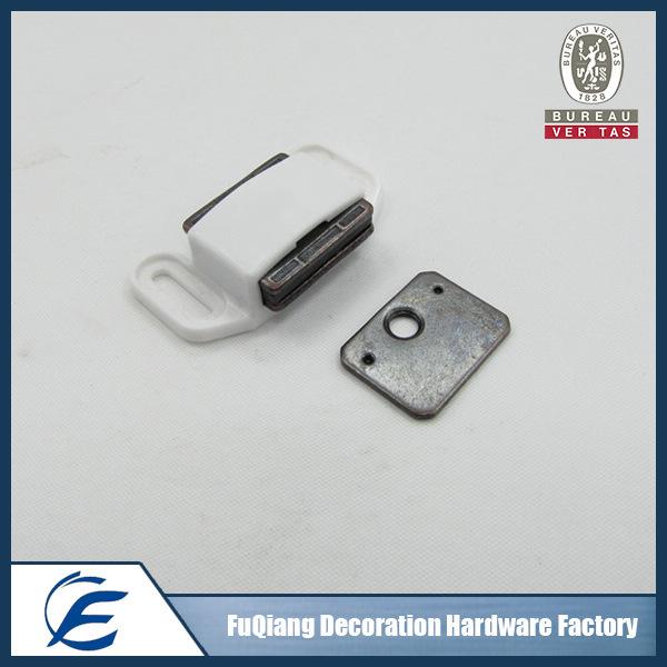 Metal and plastic door magnet catcher