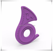 High Quality BPA Free Silicone Natural Rubber Teether From Giraffe Teether