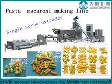 Fabricación de pasta de macarrones que hace el equipo