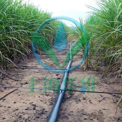 Fita para irrigação por gotejamento