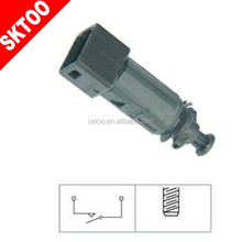 8200110894,7700431512,4408512,25320-00QAC, FOR RENAULT N ISSAN OPEL GM PARTS Auto Brake Light Pressure Switch,STOP LAMP SWIT