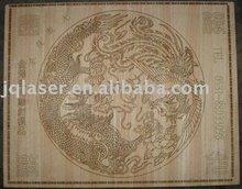 Gravação a laser de madeira