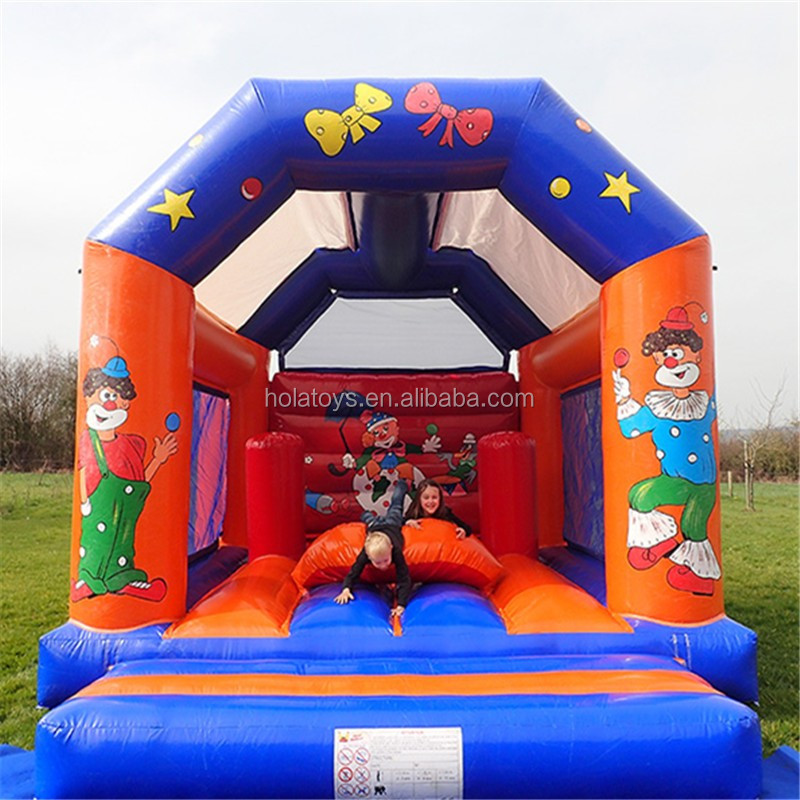 inflatable castle.jpg