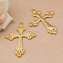 Steel mould die-casting zinc alloy jewelry accessories wholesale accessories bright golden cross