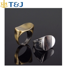 >> Fashion Alloy Silver Plated/Gold Plated Costume Ring Jewelry Black Individuality Unusual Men Ring/