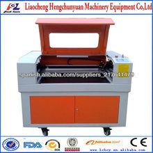 máquina grabadora láser para las pulseras de silicona