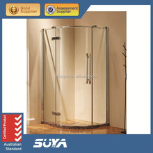 Simple corner sector low tray bath shower cabin