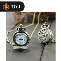 2015 fashion Pocket Watch Alloy Antique Bronze steampunk Spider Web Hollow watch Pendant Necklace