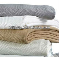 Cotton thermal blanket for hospital