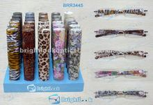 One injection reading glasses with matching pen case