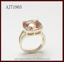 2015 best selling fashion design square diamond ring for lady