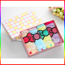 pink paper underware box packaging with round dots