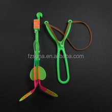 New arrival various color led outdoor toys children plastic flying arrow helicopter