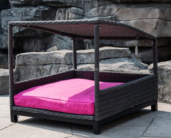 New design Garden luxury pet house with memory foam mat