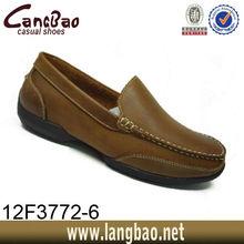 zapatos de cuero de los holgazanes