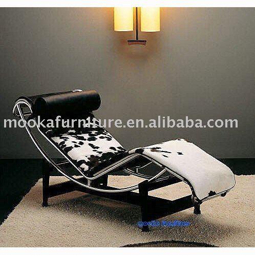 Le corbusier lc4 chaise lounge cowhide buy le corbusier for Chaise lounge cowhide