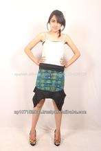 Shsk37 falda corta de algodón con estampados de flores n el medio worth$6.00