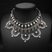 Crystal Bead Chain Flower Pendant Neckalce For Women Vintage Jewelry Choker Collar