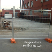 High tensile hot dipped galvanized temporary fence / welded wire fence mesh 80x150mm / temporary fence with plastic feet /