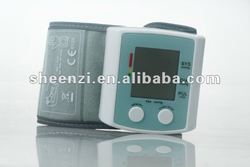 Digital wrist type blood pressure monitor 60AH