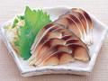 japonês filetes de cavala com vinagre e sal