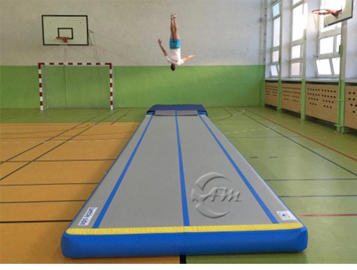 gym tapis de sol piste gonflable en plein air tapis de gymnastique vendre trampoline id de. Black Bedroom Furniture Sets. Home Design Ideas