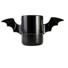 Factory direct wholesale hot new products 2015 eco friendly porcelain ceramic bat mug with wing