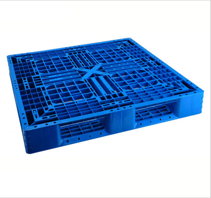 Plastic pallet (1).jpg