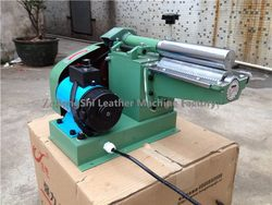 Good quality useful hot sell automatic puzzle gluing machine