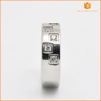 Fashion stainless steel shiny Wedding silver rings with many small pure diamond